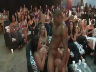 Stripper gets cock blowed at sexparty