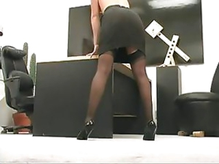 Office skank gets undressed together with proceeds to masturbate at her desk