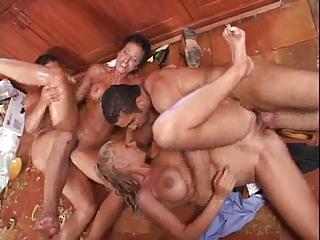 Two Couples Fuck And Cannot Stop The Pleasure