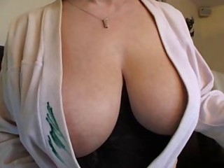 Big Tits Mature Natural SaggyTits