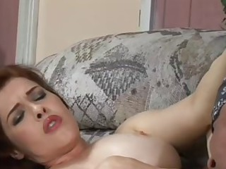 NATURAL REDHEAD GETS SUCKED AND...