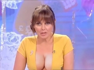 Carol Vorderman beamy tits