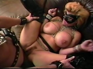 Freaks of Nature - Leather slut and 18 inches