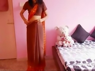 Non nude but hot video featuring shapely desi girl wearing saree