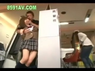 schoolgirl fucked by amateur an ... free