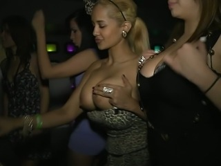 Babe Big Tits Cute Natural Party