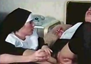 nuns acquiring nasty (german)