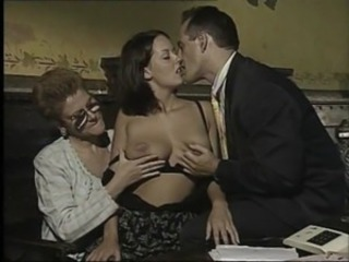 Kissing Natural Threesome Vintage