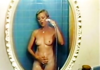 Mom Pornstar Showers Vintage
