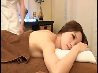Asian Babe Cute HiddenCam Japanese Massage Voyeur
