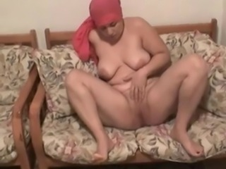 Amateur Arab Chubby Homemade Masturbating  Natural