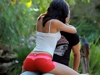 Brunette Erotic Kissing Outdoor Teen