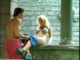 Kelly Trump Outside Acrobat - Hardcore coition video -