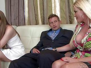 Buxom Blond Milf Diamond Foxxx And Her Husband Bill Bailey Have Some F...