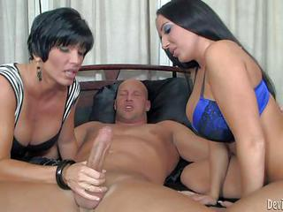 Milf Shay Fox And Her Daughter Richelle Ryan Are Two Raven Haired Ladi...