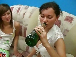 Amateur Amazing Drunk Teen