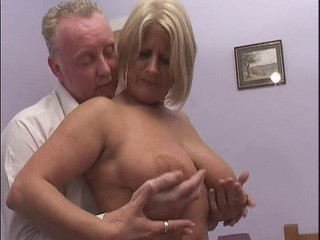 Blonde MILF gets a good shagging