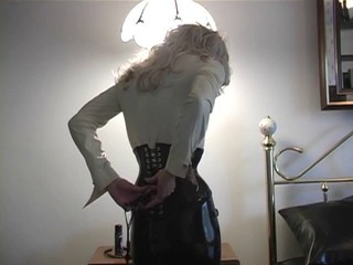 Horny dominatrix slut gets act