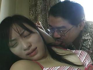 Horny Guy Fucks Asian Slut In Th...