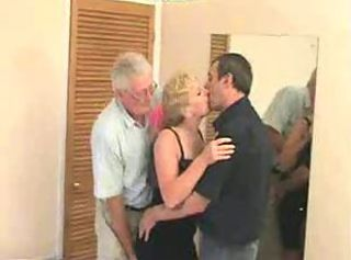 Mature Swinger trio about a guest-house