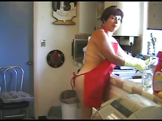 Amateur Chubby Kitchen Mature Wife