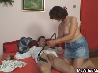 Naughty Mature Mom Fucking Her Daughter's Boyfriend