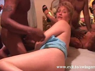 Swinger Party With Moms And Black Toyboys