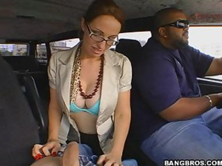 Sexy Amber wants to ride