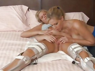 Julia Ann pleases Heather Starlet\'s lonely pussy