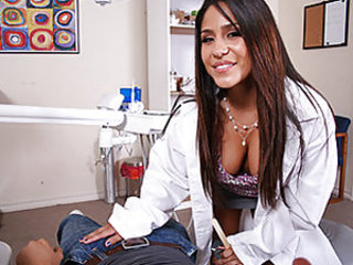 Keiran Lee stumbles into the dentist office barely being able to speak because his wisdom teeth are killing him. Being a dirty oral specialist, Jenaveve sucks his enormous fucking cock to help him forget about his teeth. Keiran returns the favor and gives