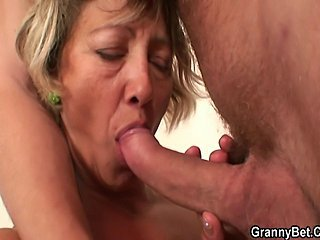 Hard morning sex with cleaning woman