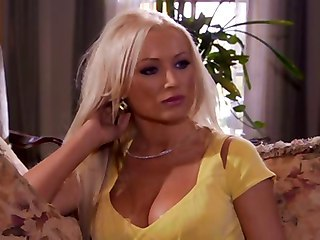 "Sexy Seductive Housewives - Diana Doll"" target=""_blank"