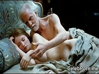Emily Browning absolutely naked