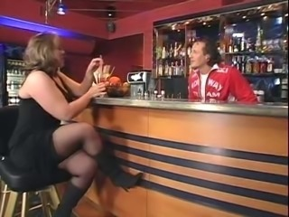Anabel Moon bar fuck