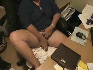 HiddenCam Masturbating Mom Voyeur