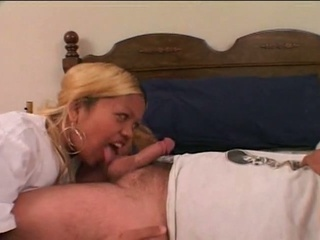 Lucky Midget Guy Taken Care By An Ebony Blonde Bitch