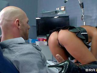 Sexy Assed Brunette Tiffany Brookes Is A Complete Slut That Is Always Sex Hungry. Johnny Sins Finds His Hard Dick Used By Crazy Bitch At Doctors Office. She Sucks His Pole And Then Gets Her Juicy Pussy Penetrated.
