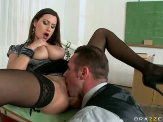 Sensual Jane on the classroom table got cunt lick