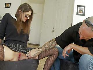 Slutty Teacher Anna Mali Pays A Visit To Her Favorite Student. Hot Bes...