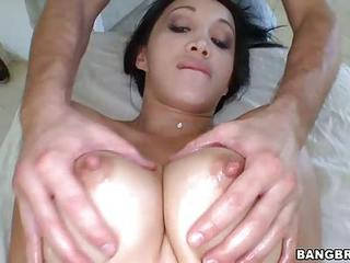 Naked Asian Pornstar Katsuni With Perfect Body Is Ready For Massage. M...