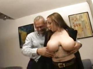 Amateur Big Tits Chubby European Italian Natural Old and Young