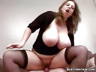 Curvy Brit Escort With Big Tits