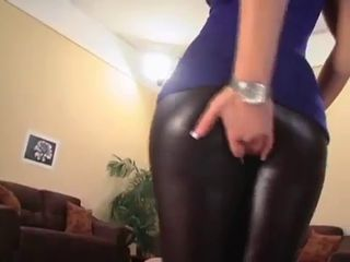 Sexy latex ass blonde