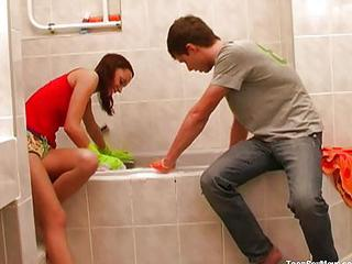 Amateur Bathroom Sister Teen