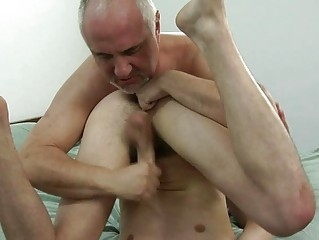 Tattooed young boi gets slammed by mature hunk in bedroom