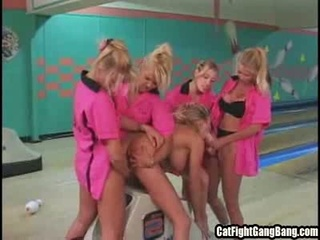 Kinky Mama Gets Banged By Babes