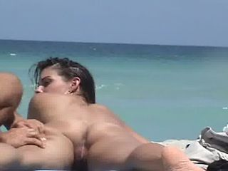 Nude Beach Voyeur Video - Hot Girl Gets Naked Ass Mas...