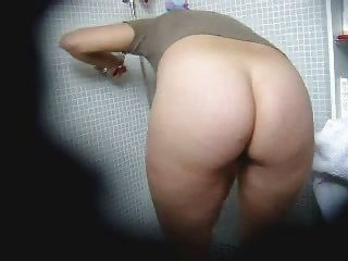 Hidden Cam Voyeur On Hairy Amateur Mature Shower Masturbation Solo