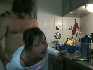 Hot Amateur Fucking In the Kitchen!