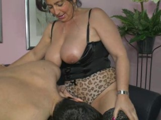 Big Tits Chubby Lingerie Mature Mom Old and Young